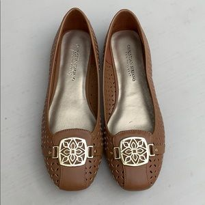 Christian Siriano flats loafers beige,brown shoes.